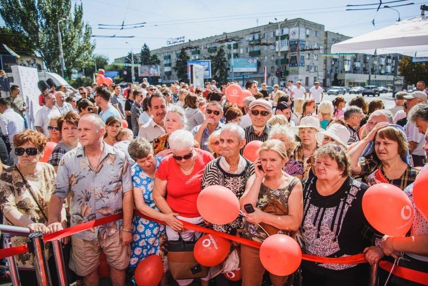 Vodafone открыл фирменный магазин в Мариуполе, фото-4