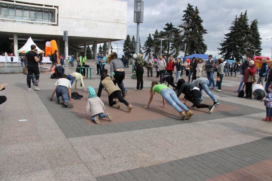 День города в Ульяновске: балет машин, танцы, звезды и дождь. ФОТО, фото-6