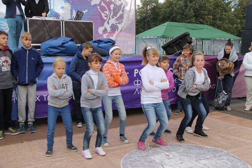 День города в Ульяновске: балет машин, танцы, звезды и дождь. ФОТО, фото-11