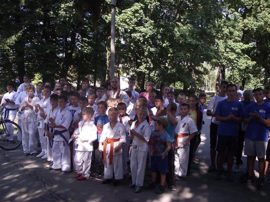 У Новограді-Волинському відбувся міський легкоатлетичний пробіг «Спорт для всіх єднає місто», фото-1