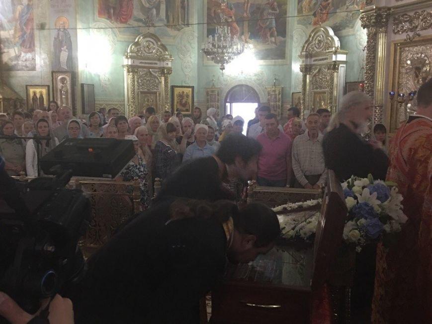 К юбилею Криворожской епархии в город привезли мощи святых (ФОТО), фото-20