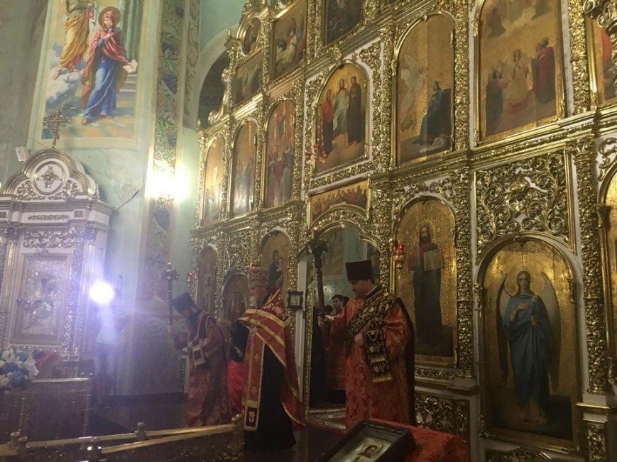 К юбилею Криворожской епархии в город привезли мощи святых (ФОТО), фото-19