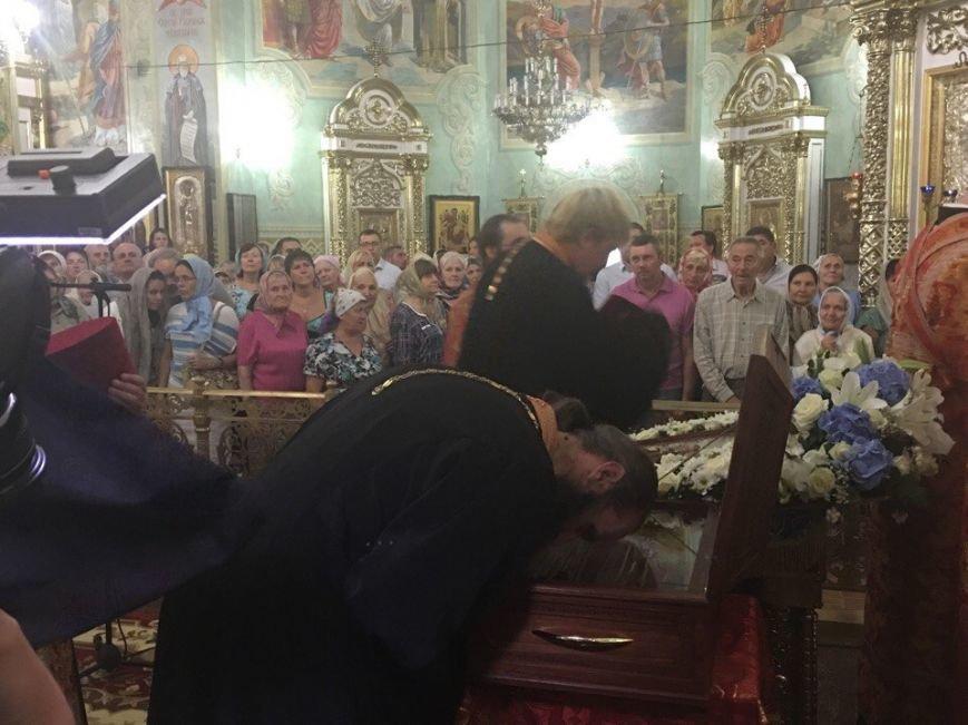К юбилею Криворожской епархии в город привезли мощи святых (ФОТО), фото-21