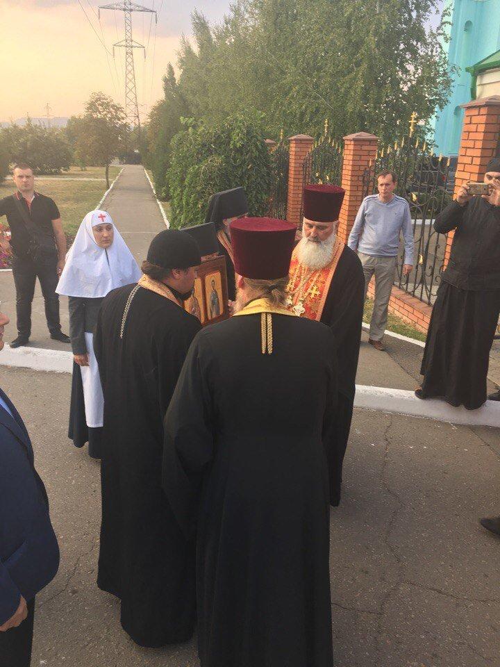 К юбилею Криворожской епархии в город привезли мощи святых (ФОТО), фото-2