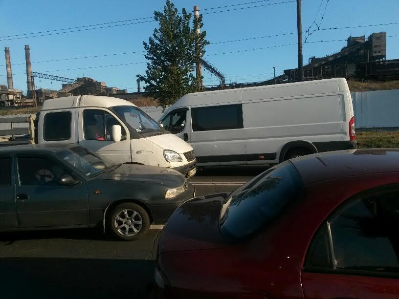 В Мариуполе на ул. Набережной одновременно произошло 3 ДТП (ФОТО), фото-3