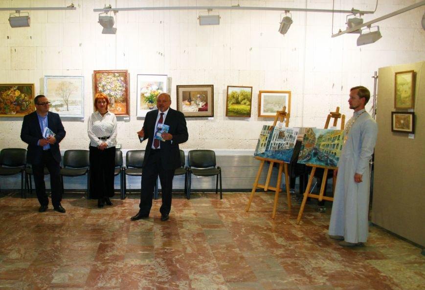 В Троицке состоялась необычная выставка картин, фото-3