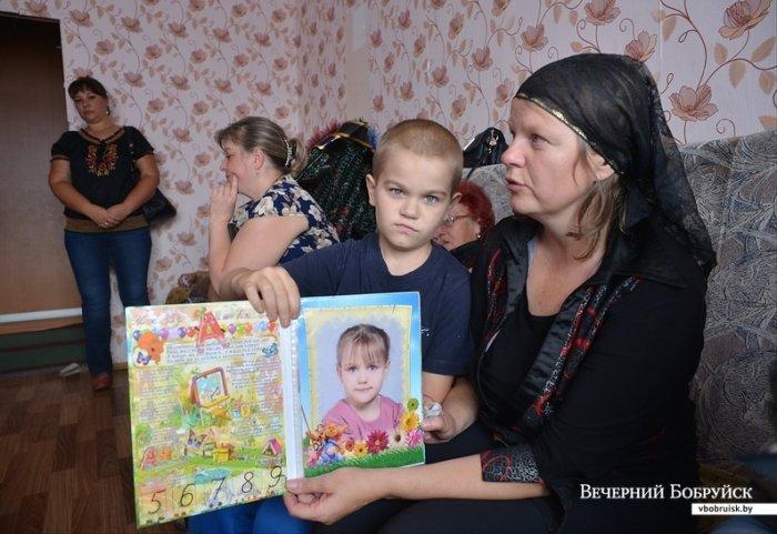 На 8-летнюю девочку из Бобруйска упал шкаф: ребёнок умер от кровоизлияния в мозг, фото-1