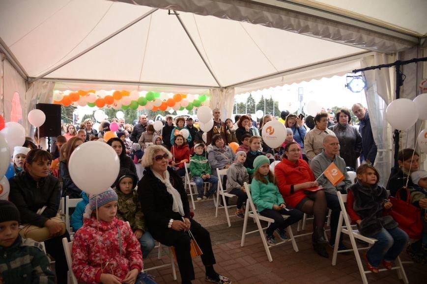 Более 150 ульяновцев прошлись Семейным парадом. ФОТО, фото-3