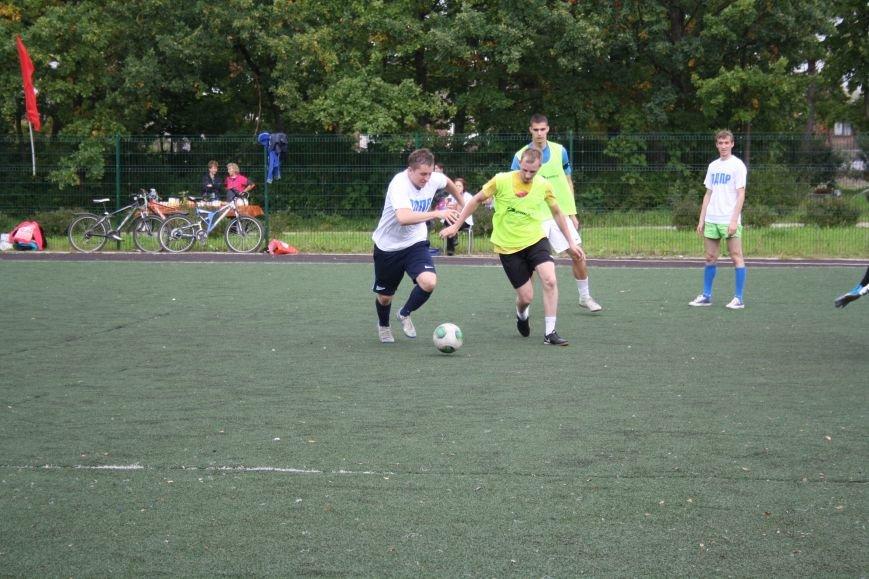 Футбол в поселке Александровская4