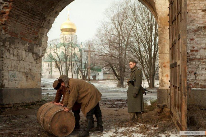 kinopoisk.ru-Staroe-ruzhyo-2393963
