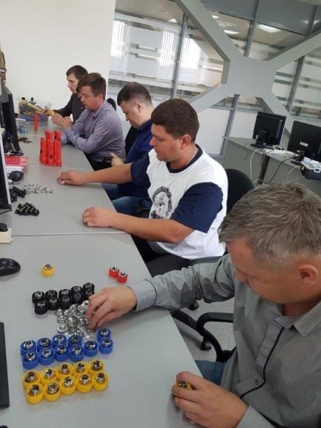 Работники градообразующего предприятия Полевского улучшают, совершенствуясь, фото-1