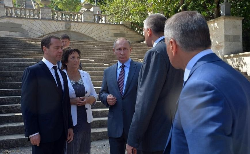 В Крыму Путин осмотрел Митридатскую лестницу (ФОТО), фото-1