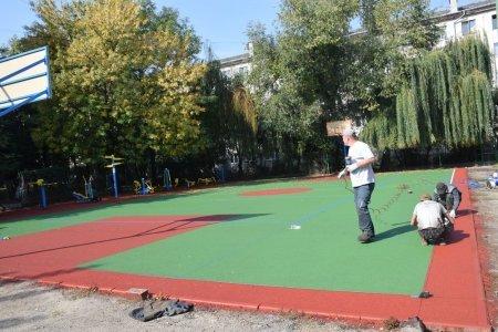 На вул. Карпатській невдовзі відкриють новий спортивний майданчик, фото-3