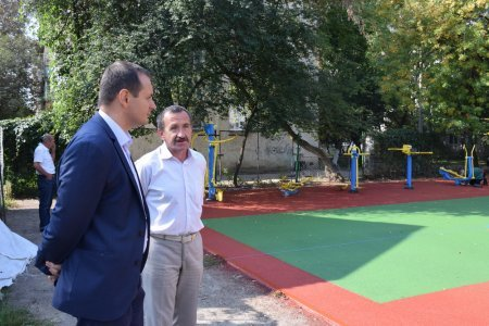 На вул. Карпатській невдовзі відкриють новий спортивний майданчик, фото-5