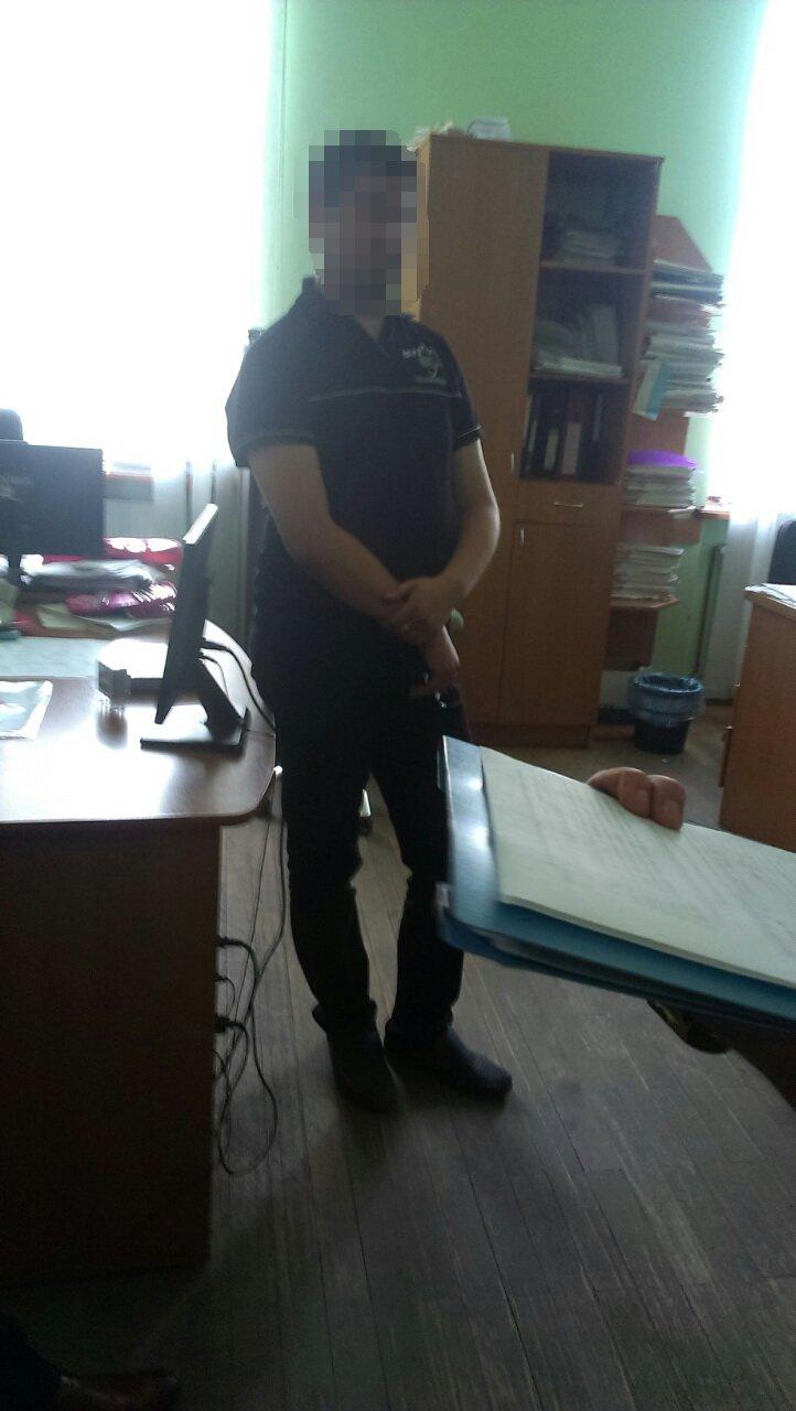 У Франківську на хабарі впіймали працівника виконавчої служби (ФОТО), фото-3