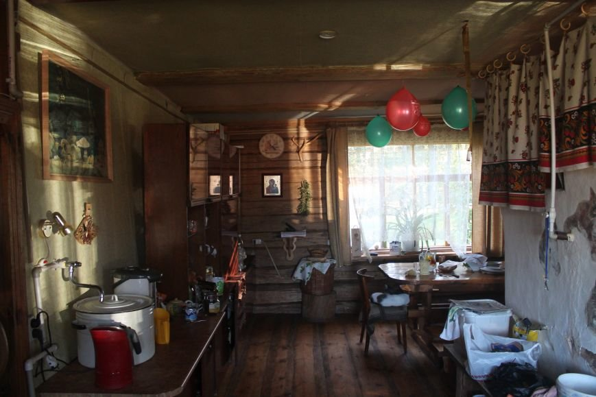 «Баня в землянке, а в доме все «как у бабушки». Как мы отдыхали в «Кроловой Хате» на выходных, фото-1