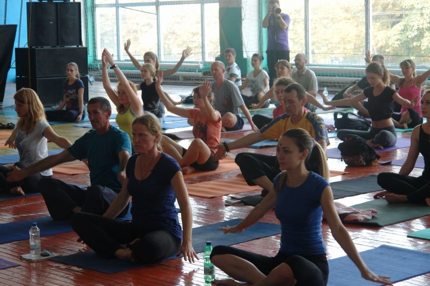 В Івано-Франківську проходить йога-марафон (ФОТО), фото-7