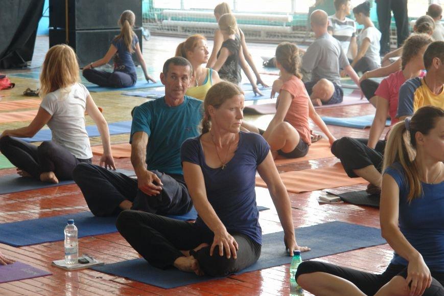 В Івано-Франківську проходить йога-марафон (ФОТО), фото-6