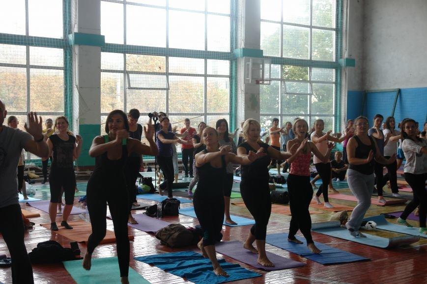 В Івано-Франківську проходить йога-марафон (ФОТО), фото-18