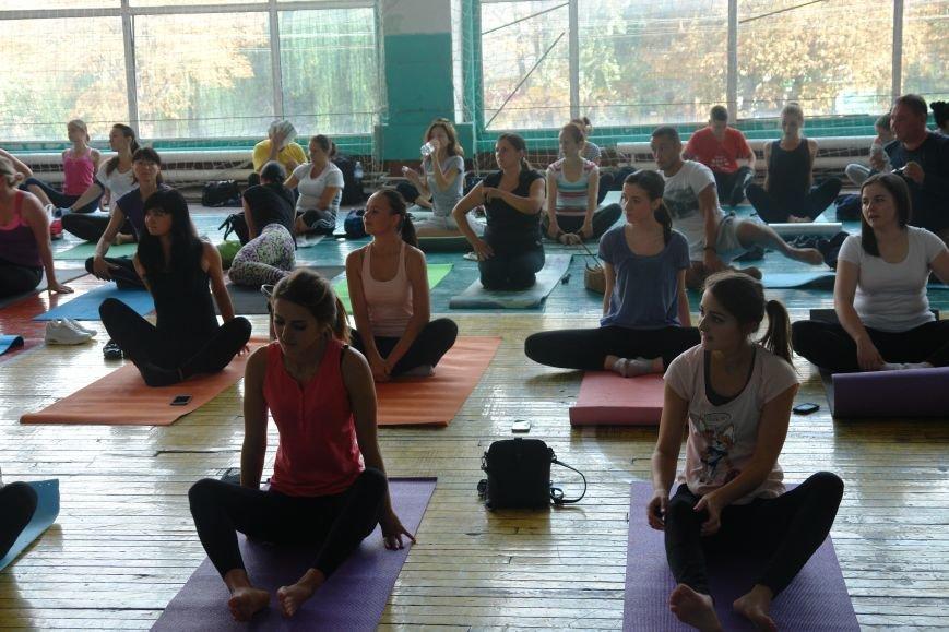 В Івано-Франківську проходить йога-марафон (ФОТО), фото-3