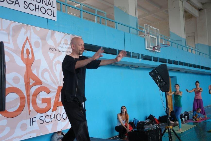 В Івано-Франківську проходить йога-марафон (ФОТО), фото-17