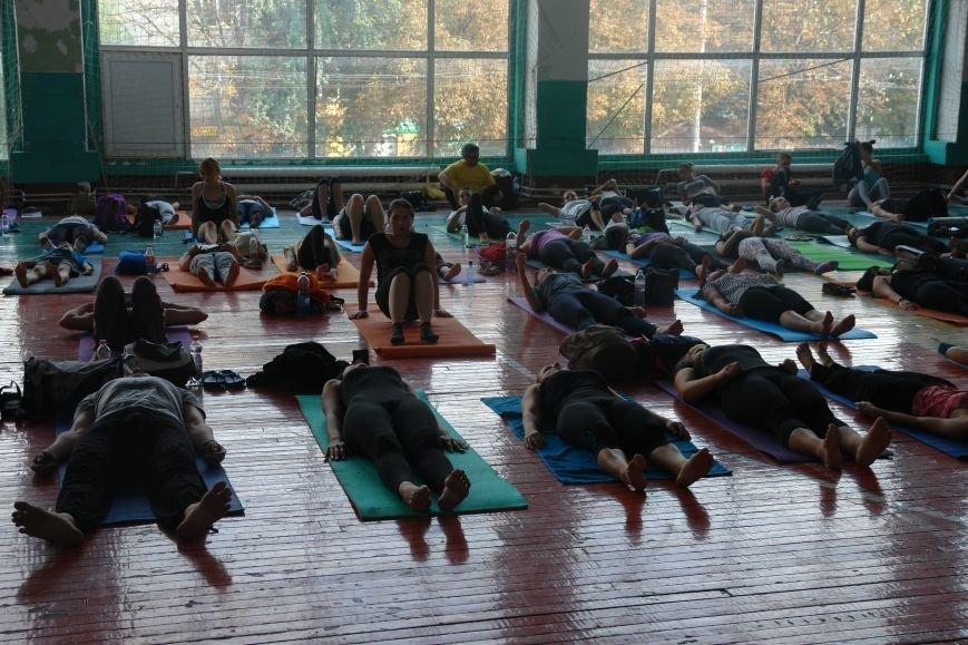 В Івано-Франківську проходить йога-марафон (ФОТО), фото-9