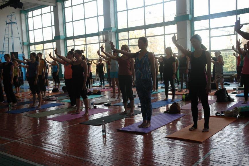 В Івано-Франківську проходить йога-марафон (ФОТО), фото-10