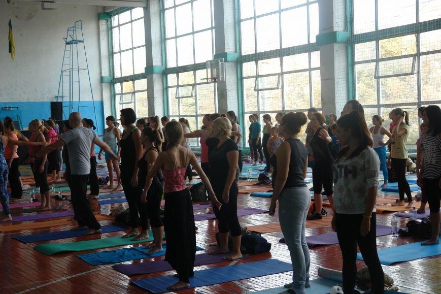 В Івано-Франківську проходить йога-марафон (ФОТО), фото-14