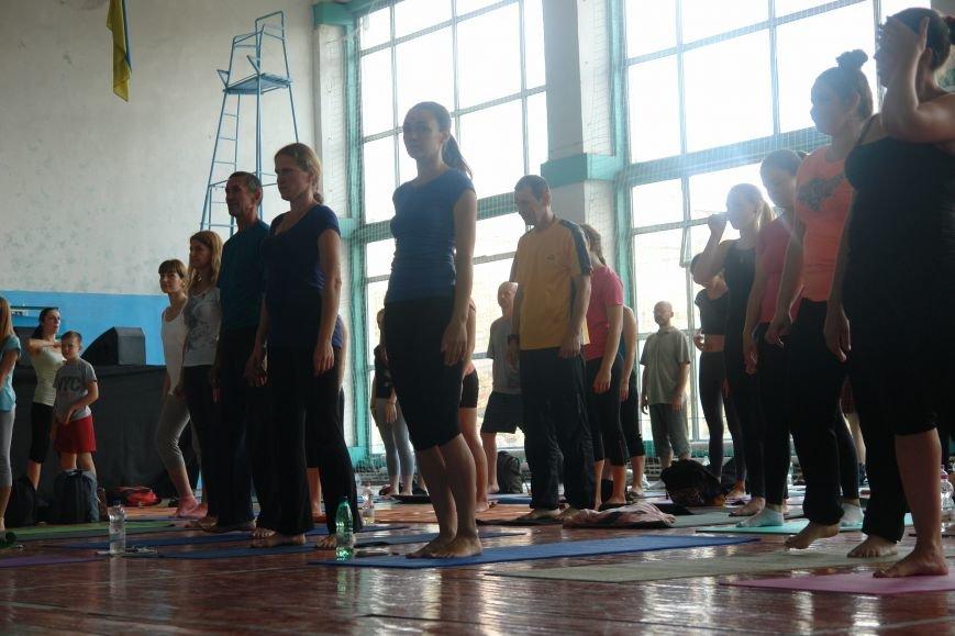 В Івано-Франківську проходить йога-марафон (ФОТО), фото-16