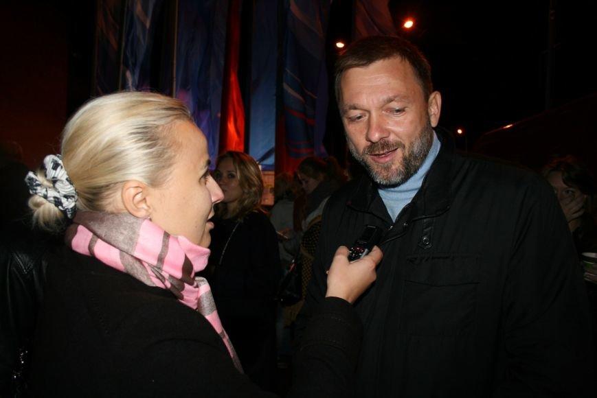 В Троицке прошёл атмосферный концерт «Салют героям наших дней!», фото-1