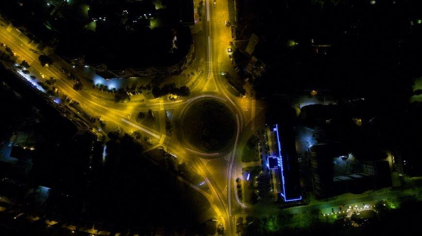Як виглядає нічний Ужгород із висоти пташиного польоту: фото, фото-1