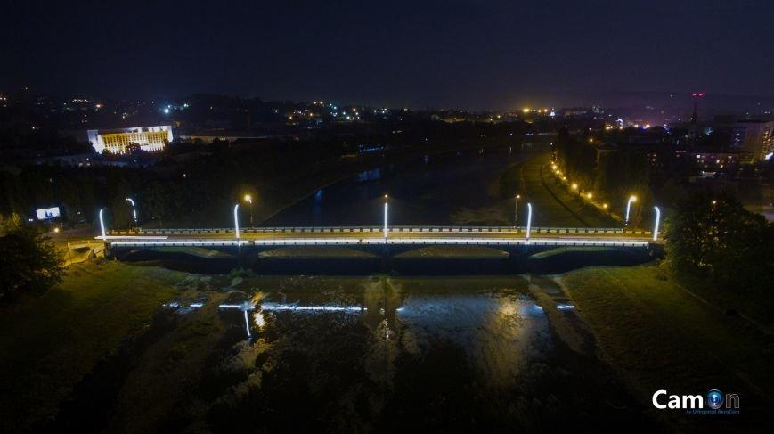 Як виглядає нічний Ужгород із висоти пташиного польоту: фото, фото-2