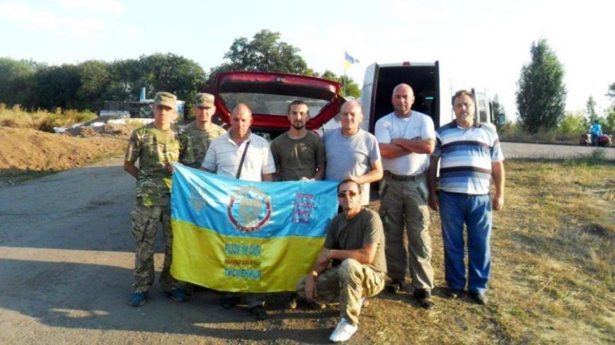 Жителі Тлумацького району відправили 20-тонний домкрат в зону АТО. Фото, фото-1