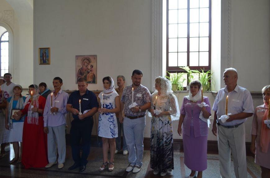 В крымской столице провели массовое венчание (ФОТОФАКТ), фото-2
