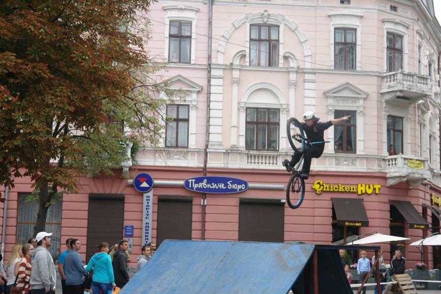 Франківчанам продемонстрували унікальне вело-шоу (ФОТОЗВІТ), фото-8
