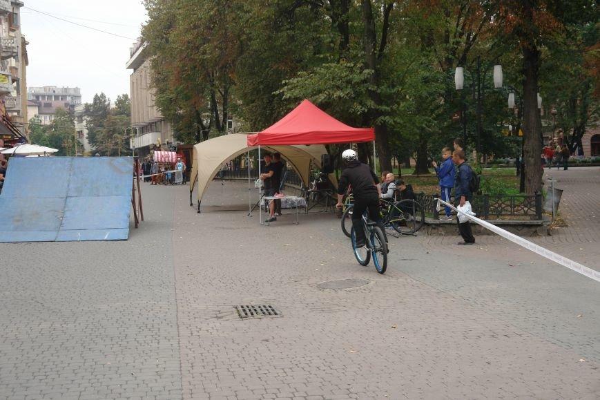 Франківчанам продемонстрували унікальне вело-шоу (ФОТОЗВІТ), фото-11