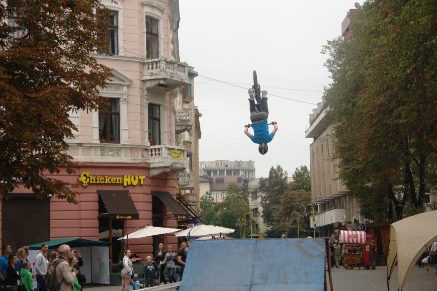Франківчанам продемонстрували унікальне вело-шоу (ФОТОЗВІТ), фото-12