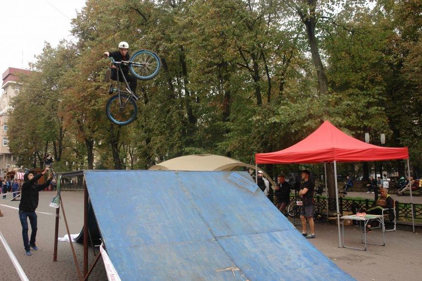 Франківчанам продемонстрували унікальне вело-шоу (ФОТОЗВІТ), фото-24