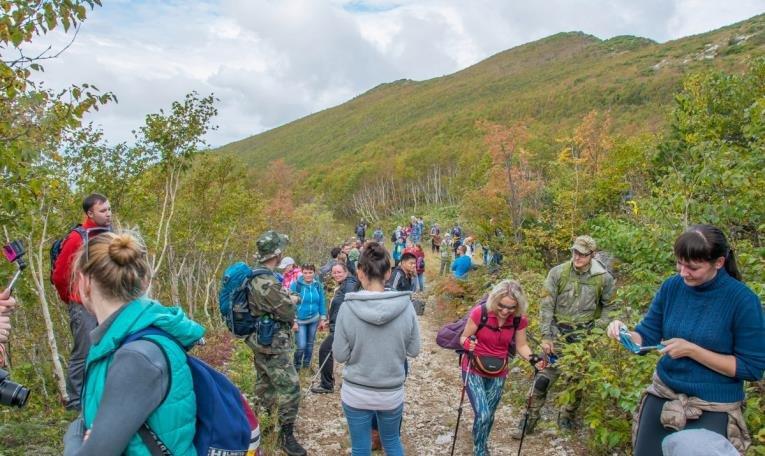 Восхождение на гору Острую: туристы взяли старт от карьера «Лиственичный» на Сахалине, фото-3