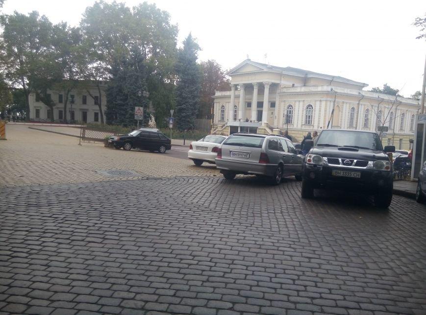 Клерки Одесской мэрии установили рекорд нарушения правил дорожного движения (ФОТО), фото-5