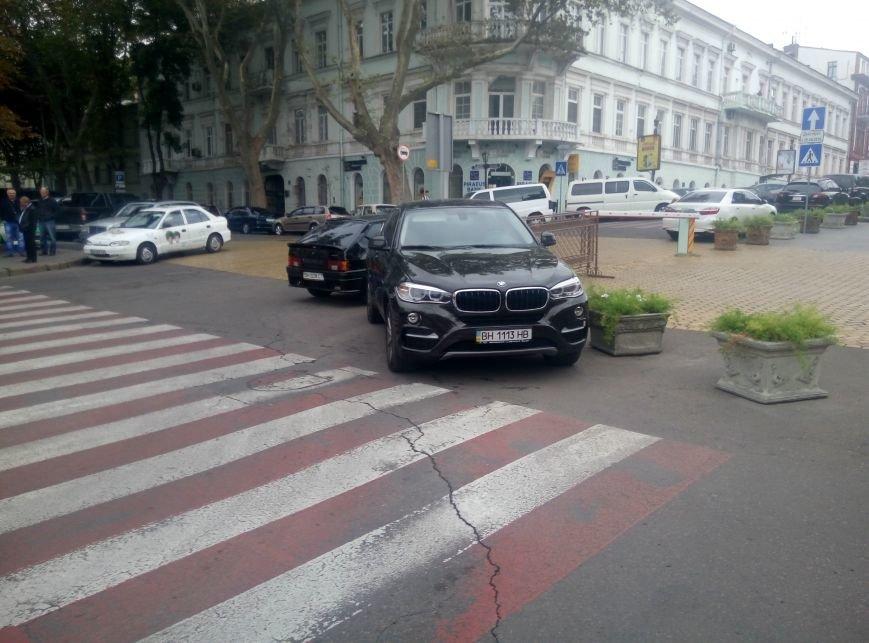 Клерки Одесской мэрии установили рекорд нарушения правил дорожного движения (ФОТО), фото-1