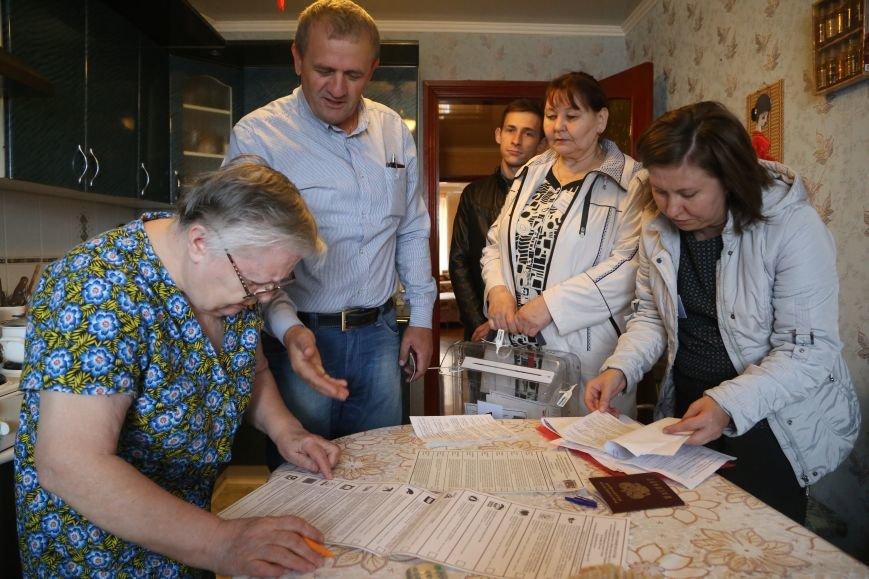 «Родились, живём и умрём с коммунистами». Как белгородцы голосовали на участках и дома, фото-2