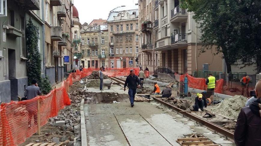 Як у Львові тривають ремонтні роботи на вулиці Русових (ФОТО,ВІДЕО), фото-9