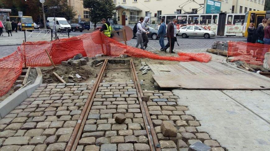 Як у Львові тривають ремонтні роботи на вулиці Русових (ФОТО,ВІДЕО), фото-6
