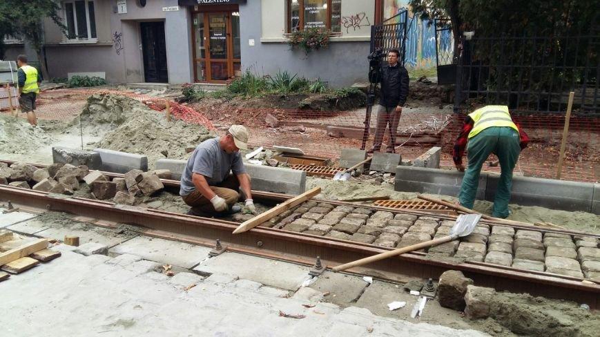 Як у Львові тривають ремонтні роботи на вулиці Русових (ФОТО,ВІДЕО), фото-5