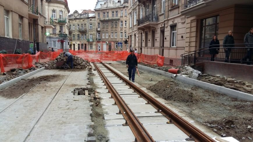 Як у Львові тривають ремонтні роботи на вулиці Русових (ФОТО,ВІДЕО), фото-3
