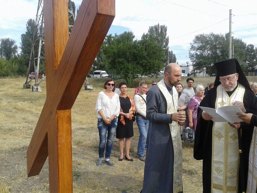 В Мариуполе заложили первый камень храма Украинской Греко-Католической Церкви (ФОТО), фото-1