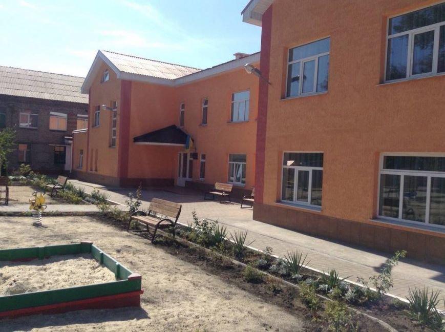 В Мариуполе новый корпус детского сада «Барвинок» открыли для детей прокуроров, СБУ, полиции (ФОТО, ВИДЕО), фото-3