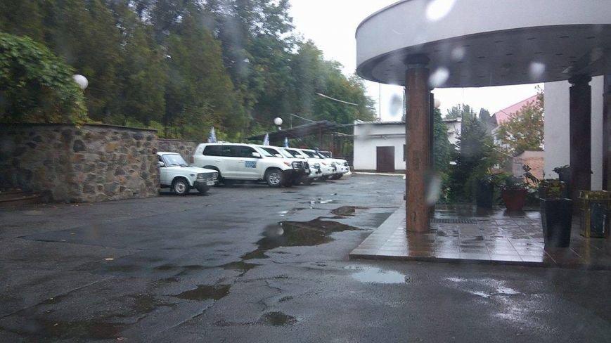 Александр Хуг в Мариуполе рассказал, как вчера встречался с Захарченко (ФОТО), фото-5