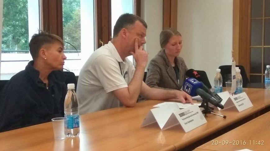 Александр Хуг в Мариуполе рассказал, как вчера встречался с Захарченко (ФОТО), фото-3